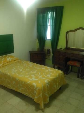 Habitación viajero, estudiante - Mérida