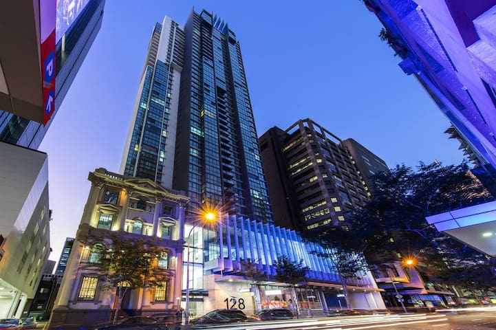 City Apartment With a View in 4.5 Star Hotel - Brisbane City - Leilighet
