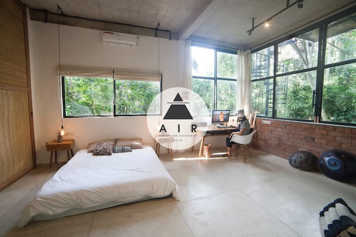 ★★ARTIST APARTMENT★★ Panoramic Jungle View & River