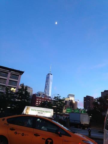 #561F,mins to NYC,sleep 2.Near bus/train - Jersey City - Daire