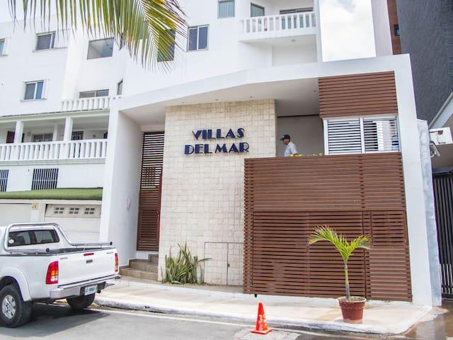 Casa entera sobre el Mar =), Zona Hotelera - Cancún - Condo
