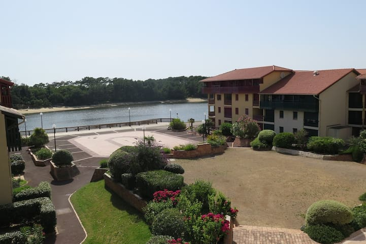 SOUSTONS PLAGE, nice 1-BR apartment by the lake