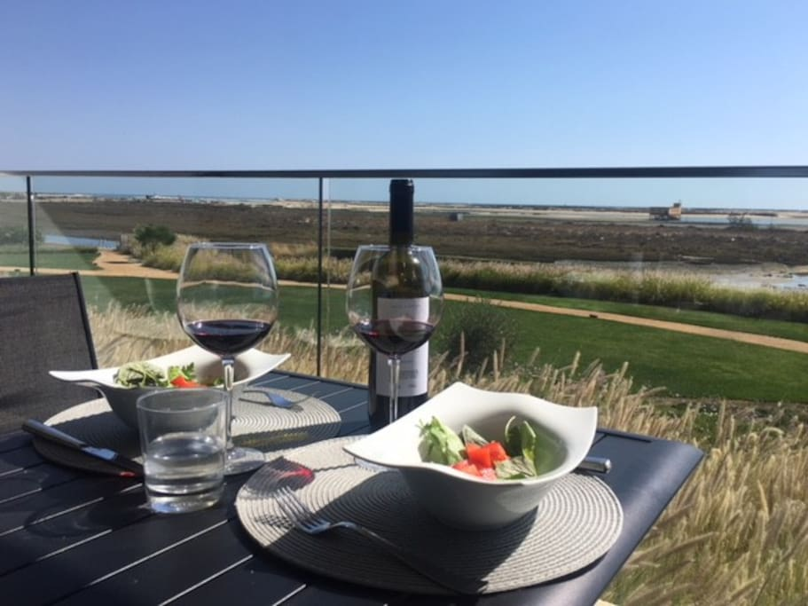 Breakfast, drinks or dinner outside on the terrace?  A perfect front row seat at any time of day overlooking the ever changing view! Eat out on the terrace - table for 4!