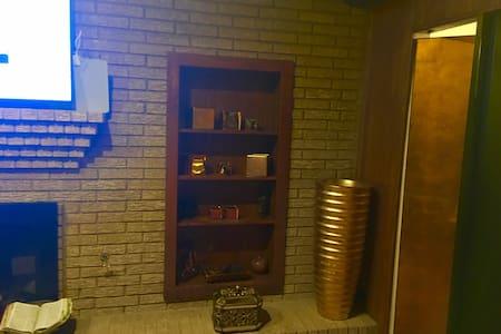 Miguel's Retreat - Duncanville - Huis