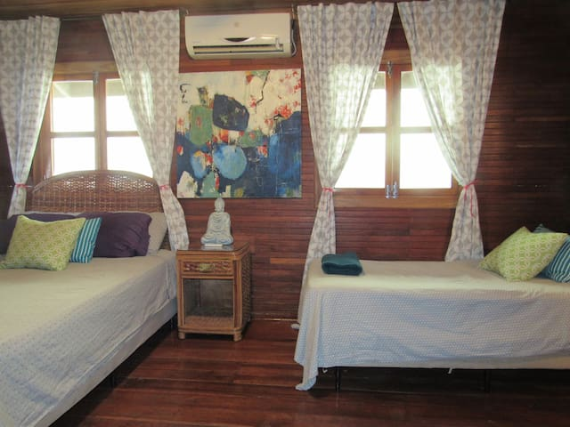 Private Queen Triple Suite in town by water w/ AC!