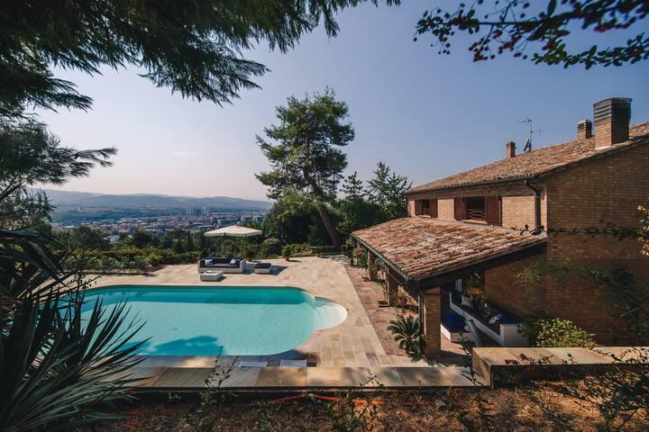 Villa con piscina Pesaro camera Giacomo - Pesaro - Villa