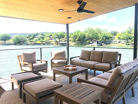 Luxury dock with full kitchen & living area