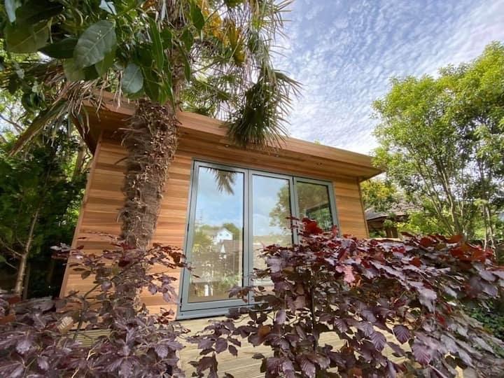 A tucked away Garden Room in Axmouth near Seaton