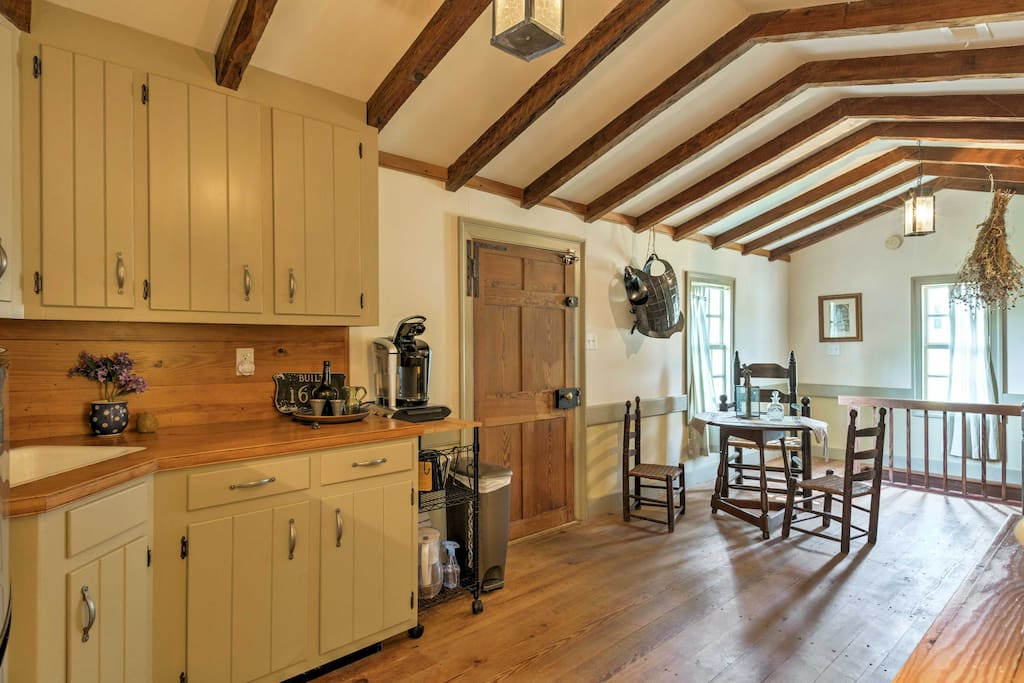 Gorgeous vaulted ceilings line the 'Tavern Room.'
