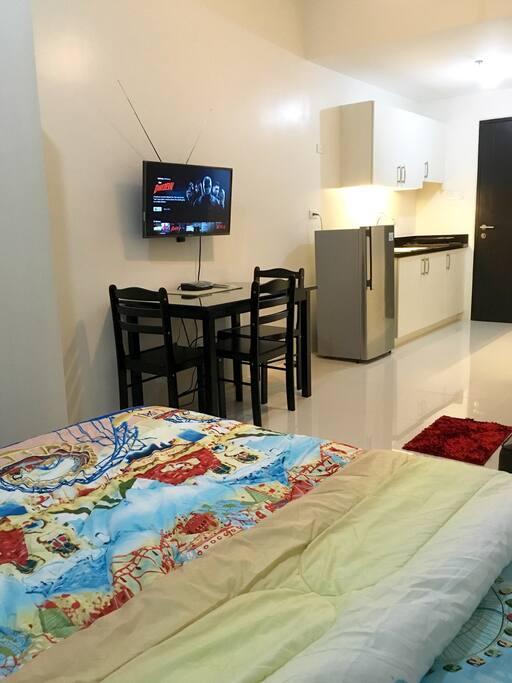 Condo in quezon city condominiums for rent in quezon for Terrace 45 quezon city