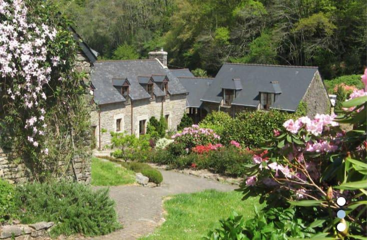Chambre d'hôtes de charme au bord de l'océan - La Forêt-Fouesnant - Vendégház