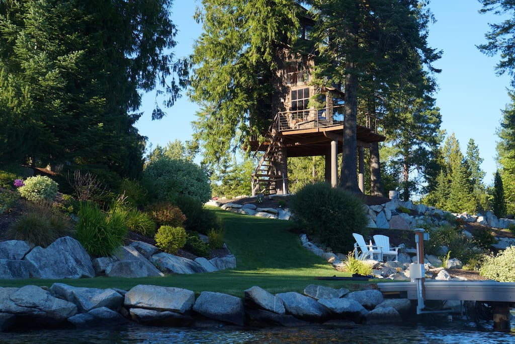 Treehouse On Lake Pend O Reille Treehouses For Rent In