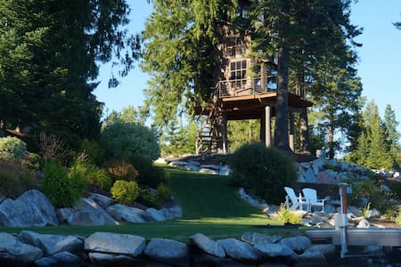 Treehouse on Lake Pend O'reille - Sandpoint - Puumaja