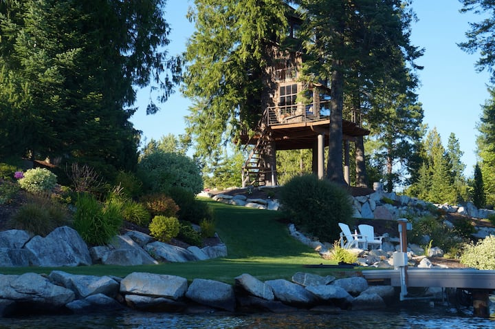 Treehouse on Lake Pend O'reille