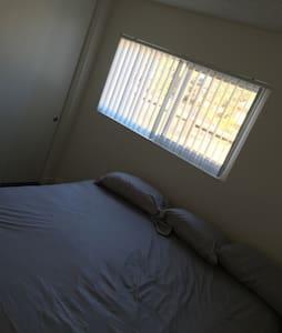 Cozy 3 bedroom apartment - Apartamento
