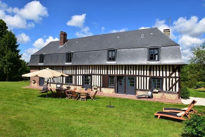 Charmantes Cottage in Asnières mit Terrasse