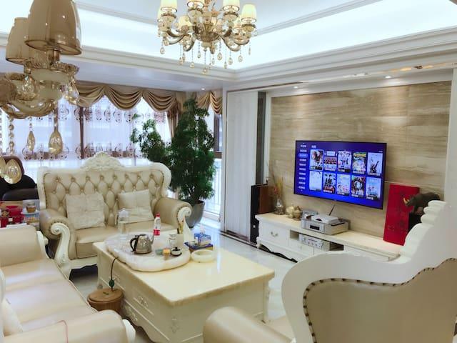 汕头市尚海阳光花园豪华住宅小区单间-给您一个五星级的家.步行可至F16 .