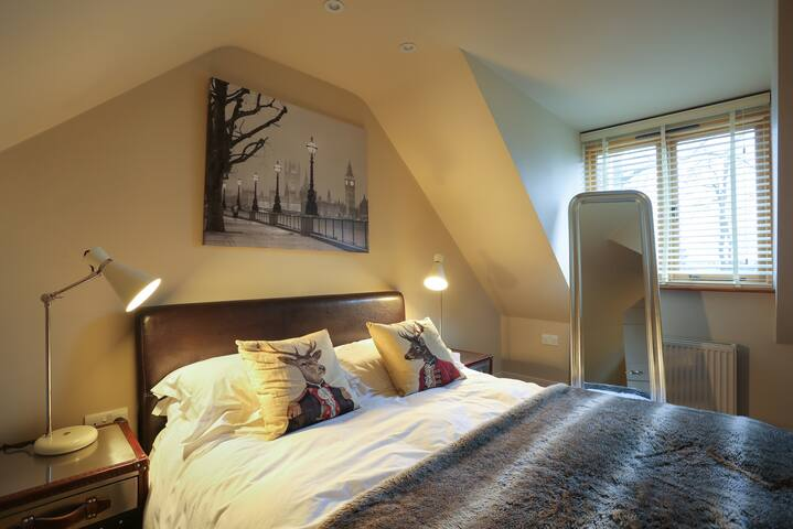 Comfy bedroom with all amenities