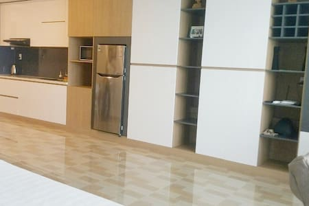APARTMENT WITH 2 BEDS IN MUONG THANH CENTER - 芽庄 - 公寓