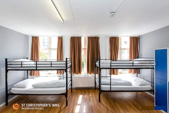 Private 4 Bed Room (Entire Room)