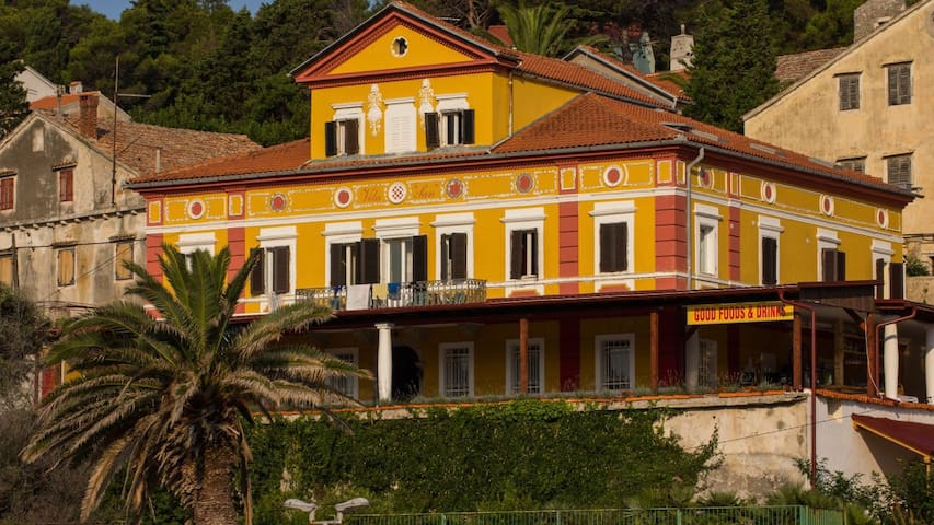 Villa Lussino1384-the most beautiful in VeliLosinj