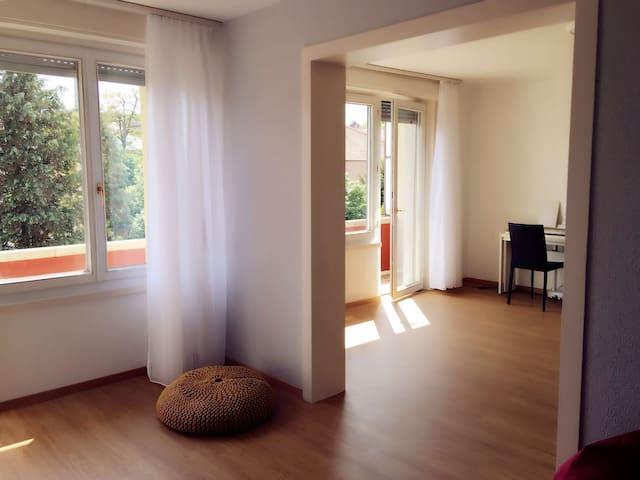 Warm Apartment 5 min to the Center - Bern - Flat