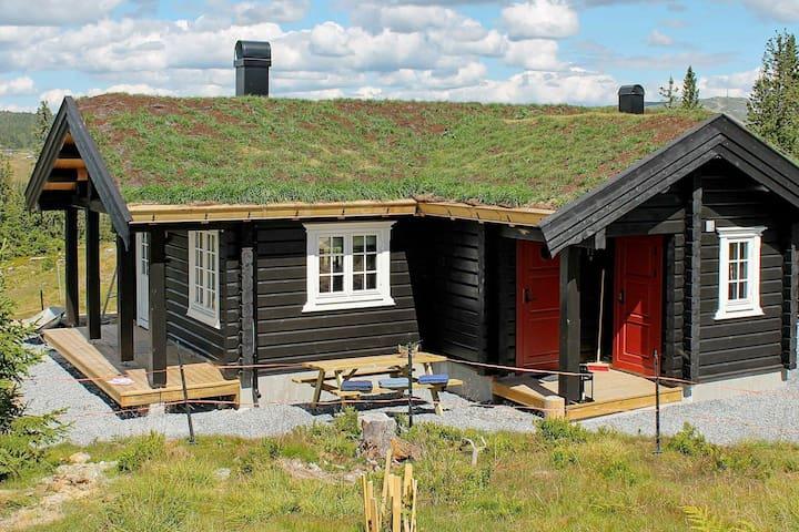 4 esrellas case en Svingvoll