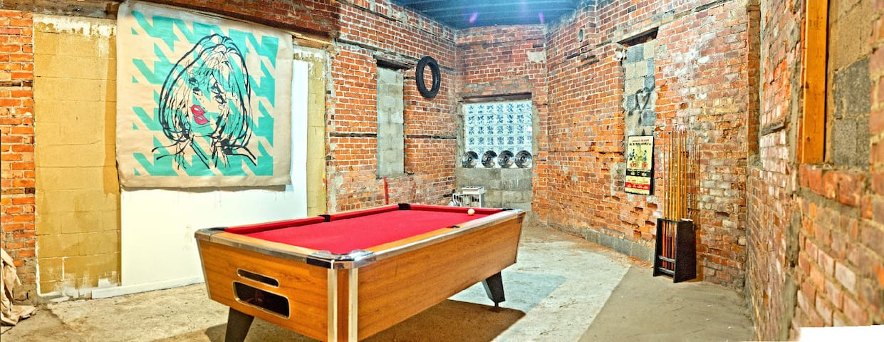 Art Loft over 1500 sq ft. Downtown - Detroit - Apartment