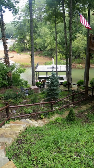 Stairway from driveway down to lake