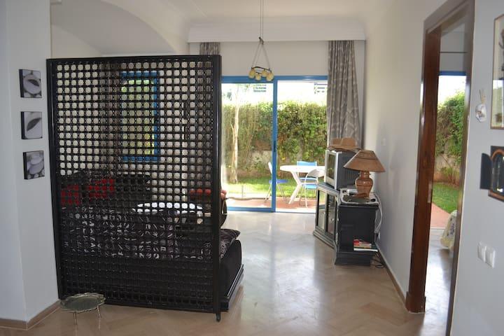 Bel appartement à Skhirate plage - Skhirat - Condominium
