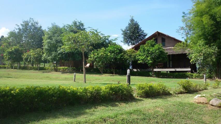 Signature Cottage  A