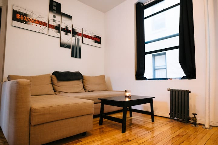 Stay Cozy And Commute With Ease. - New York - Wohnung