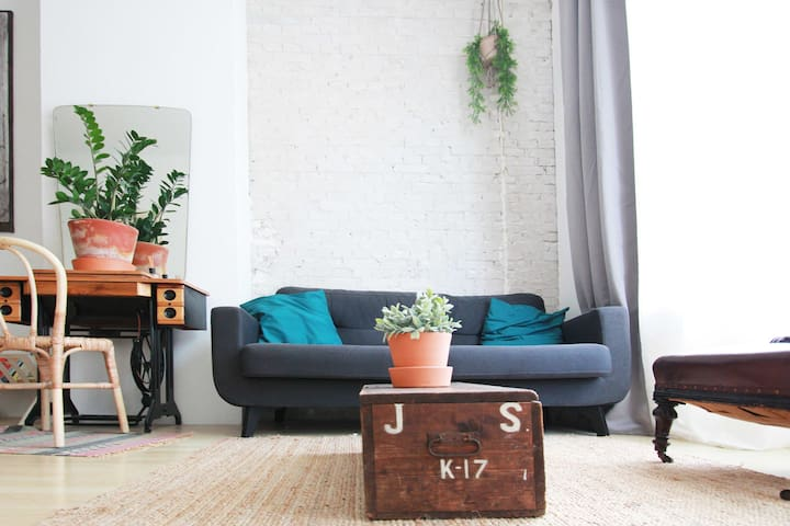 Beautiful studio apartment in central Den Haag - Apartments for ...