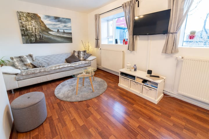 Cozy apartment - perfect for 4 - great value