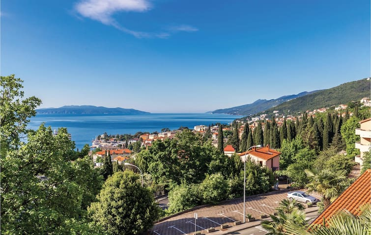 Holiday apartment with 1 bedroom on 47m² in Opatija