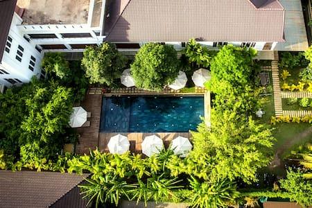 Welcome To La Residence Blanc D'Angkor