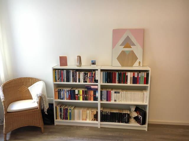 Tolle Wohnung in Schwabing - Munique - Apartamento