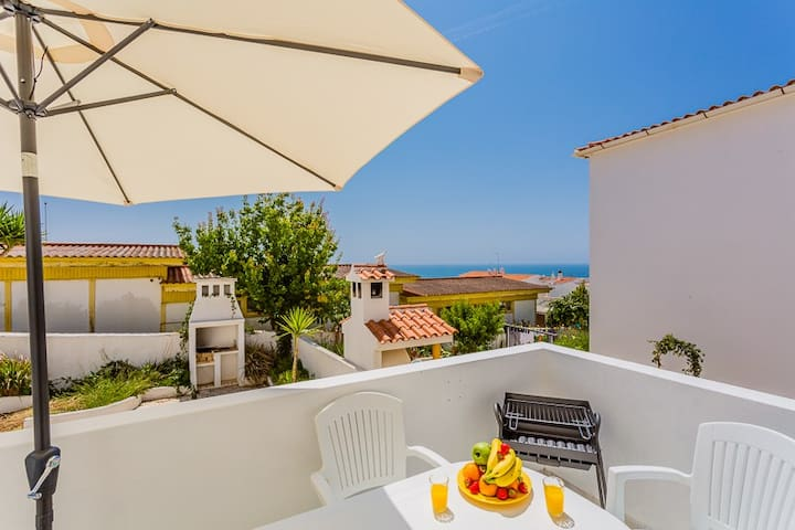 ★ Beach Apartment ★ 1 Minute to Oldtown and Beach