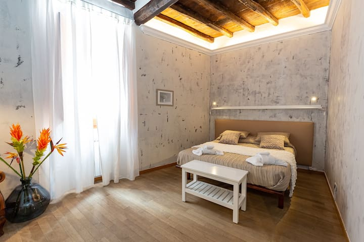 Colosseum Cantoni Apartment 4 Guests