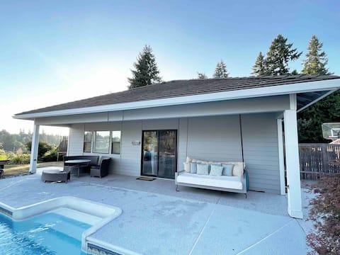 Отдельный дом с бассейном и потрясающим видом!