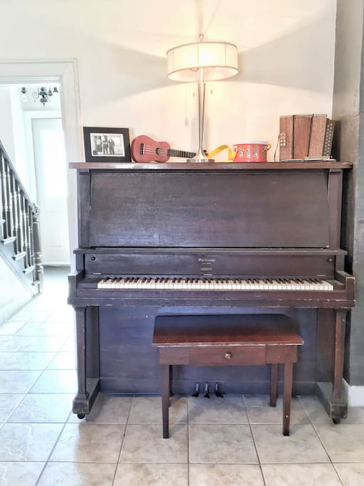 A beautiful old upright piano made in Amherst, NS! Play away!