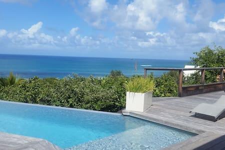 Superbe villa vue mer - La Trinité - Villa