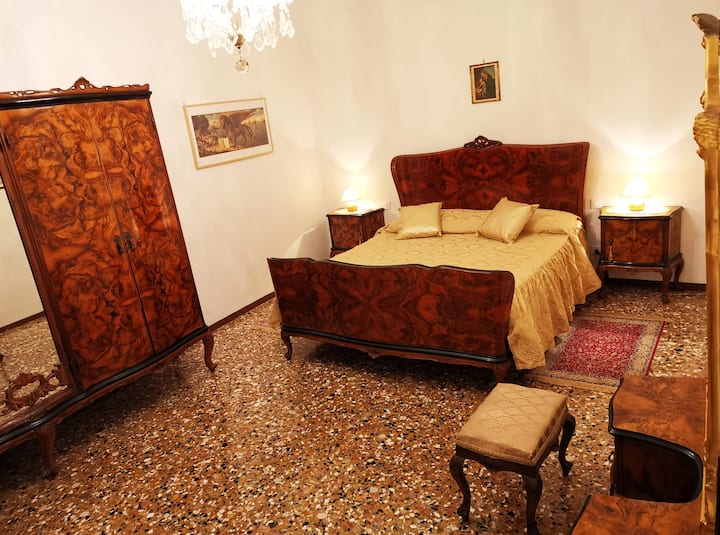 CA' LETIZIA  Authentic Classic Venice Apartment