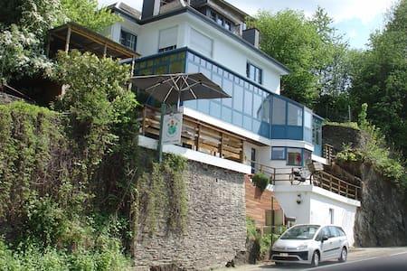 B&B Villa Le Monde - La Roche-en-Ardenne - Bed & Breakfast