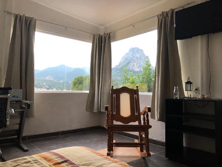 Habitación con vista a la PEÑA DE BERNAL/ 2o piso