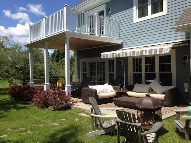 beautifull cottage at 400 Lakeside - Knowlton