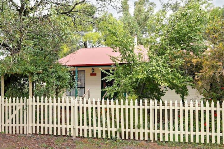 Auburn Hideaway Auburn Clare Valley SA, Australia