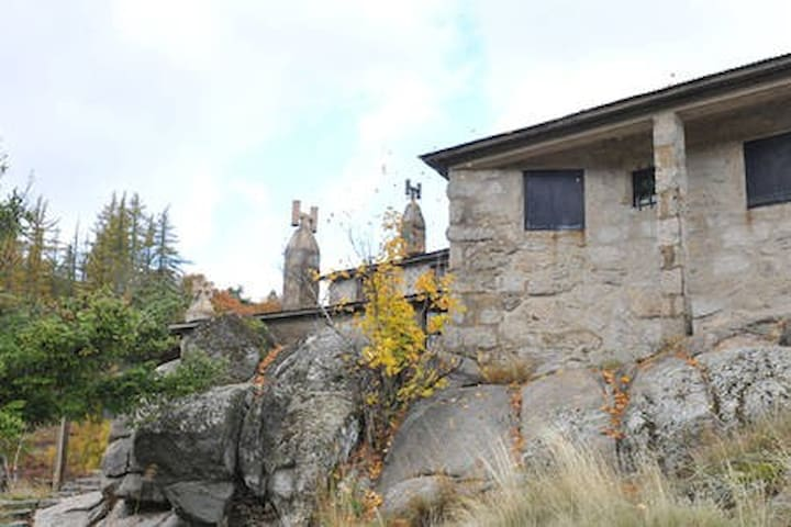SALTO DO LOBO - Mountain House - Serra da Estrela