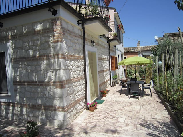 National Park in Abruzzo, Majella Garden Apartment - Rapino, - Apartment