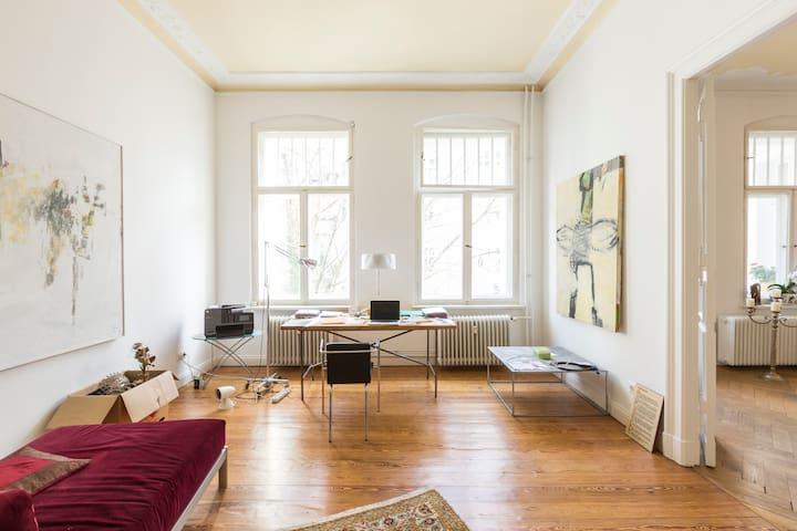 Charming Art Nouveau Style Apt. - Berlin - Appartement en résidence